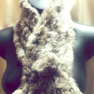 BNWOT Danier Leather genuine rabbit fur scarf